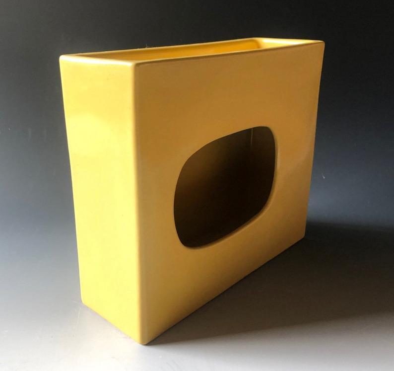 Yellow ikebana vase for freestyle