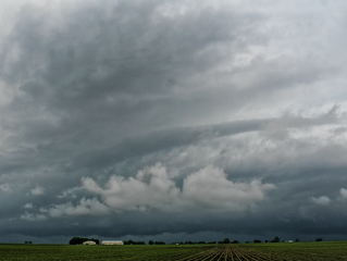 May 30 2015 | Outflow boundary enhanced supercells
