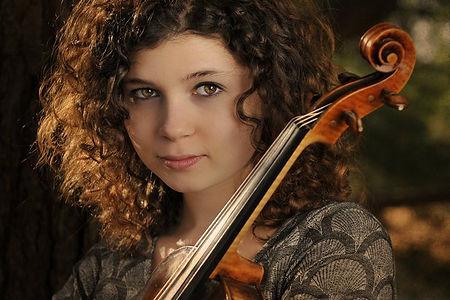 Headshot Audrey Alessi.jpg