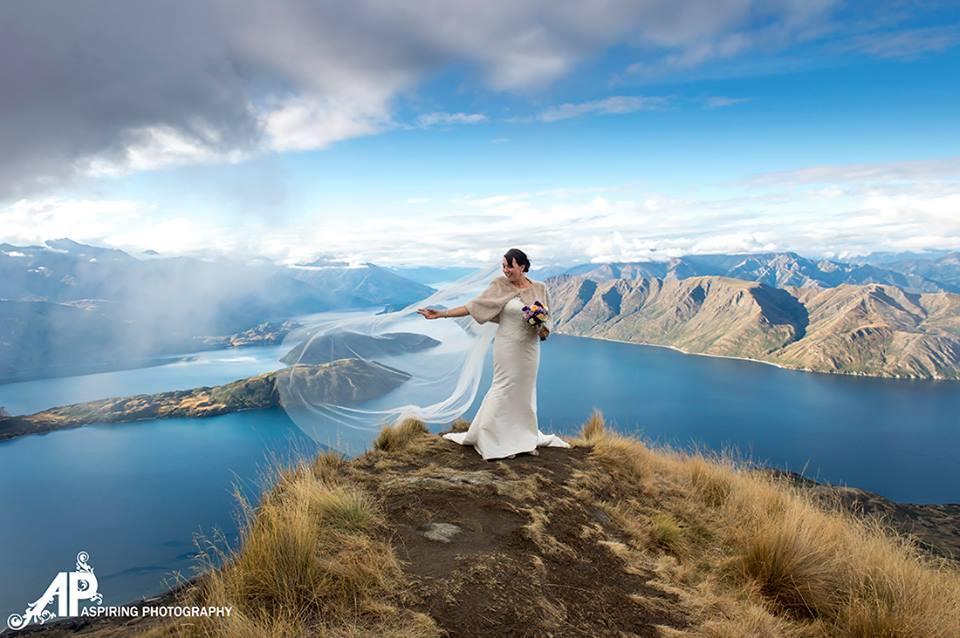 Wanaka bridal dress steamin