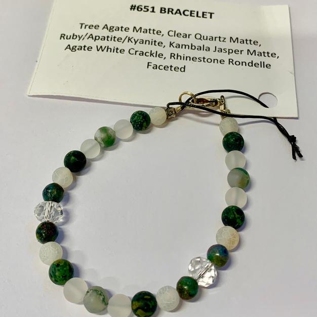 Chakra Bracelet - Green & Quartz
