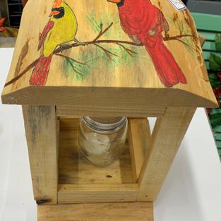 Cardinal Latern (Top View)