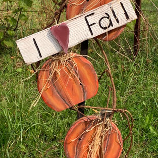 I Love Fall - Pumpkin Stake