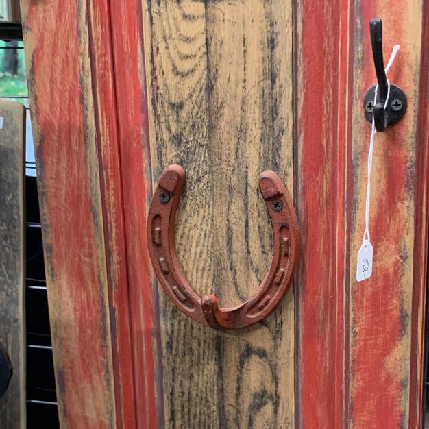 Red Door / Horseshoe Sign with Hook - 10x30