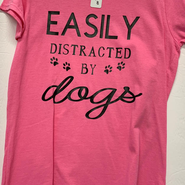 Easily Distracted By Dogs - Tshirt - Pink M