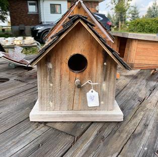 Small Bird House - 7x8x9