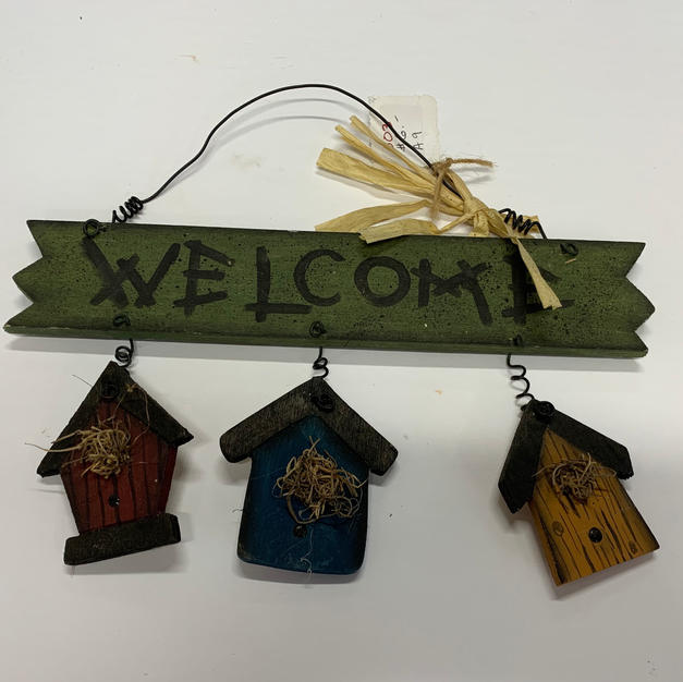 Welcome with 3 Houses Sign