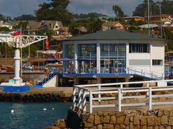 Casino y molo de embarque