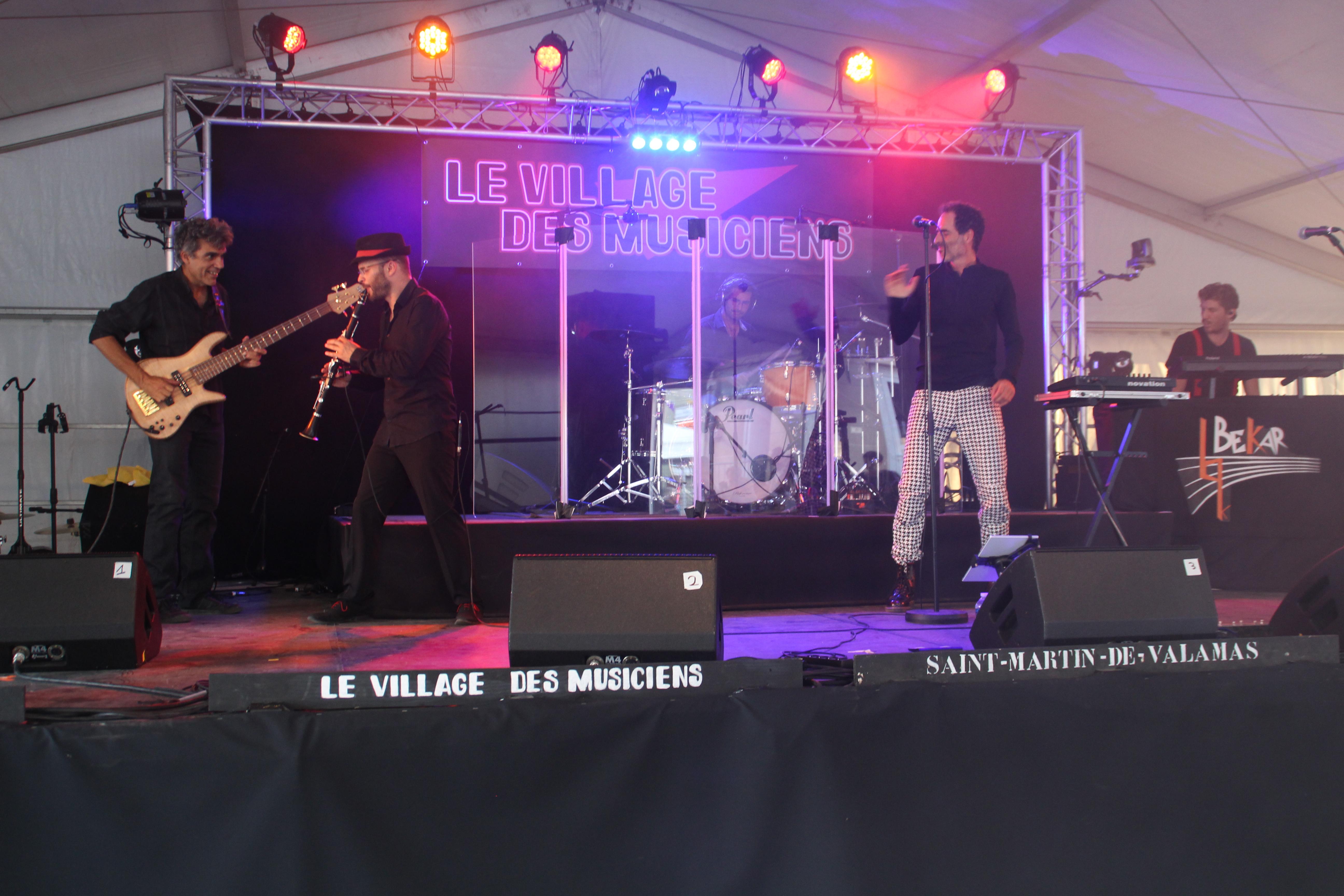 Bekar_et_les_imposteurs_01