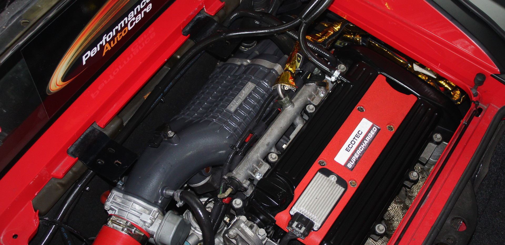 VX220 Engine Bay