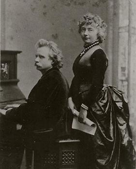Edvard_and_Nina_Grieg_at_concert_4008471