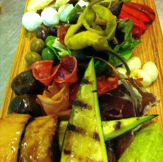 Food%25202_edited_edited.jpg