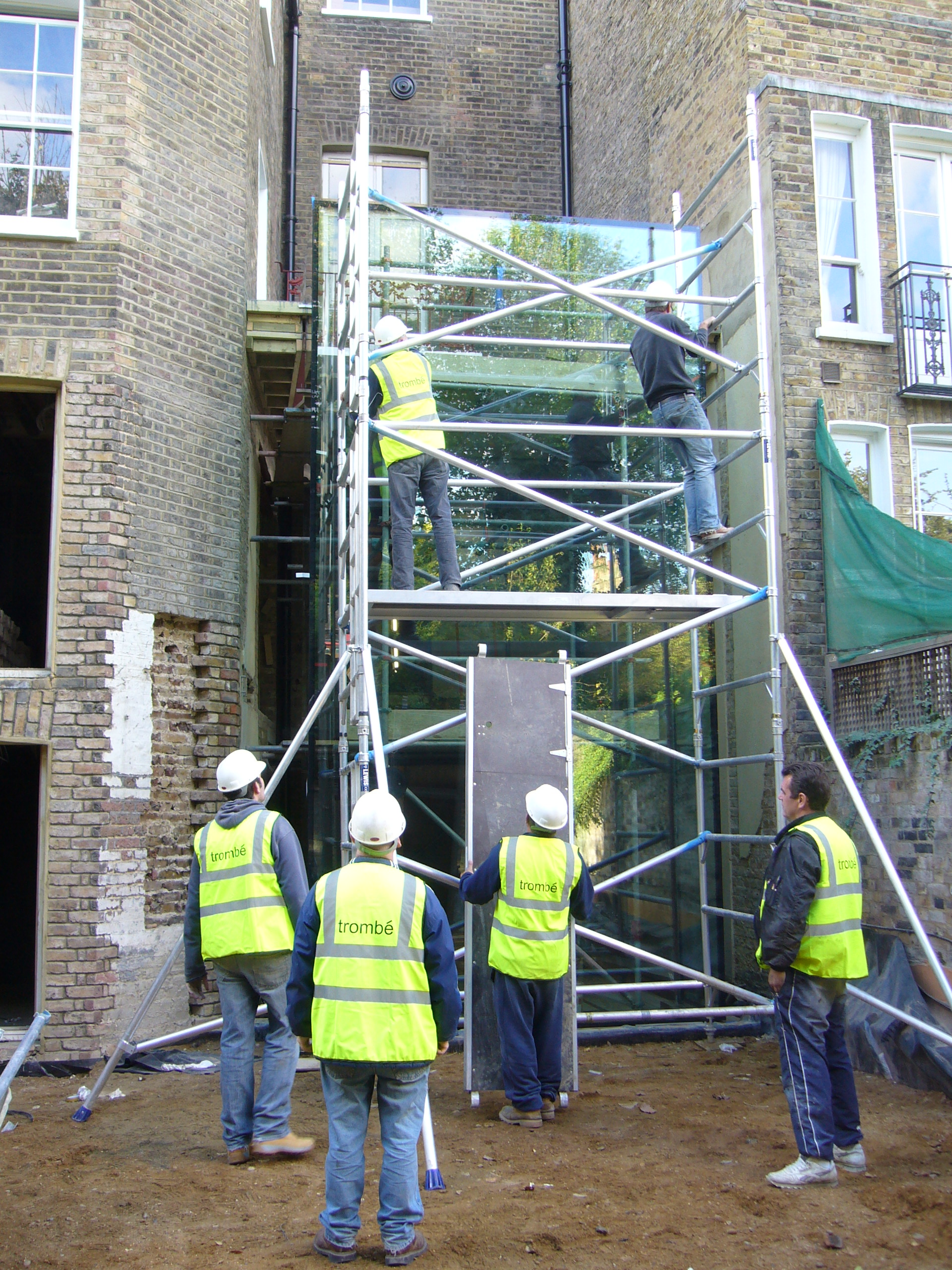 D)Scaffold for the roof.JPG