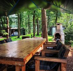 Natuurbos overdekte zitplaats