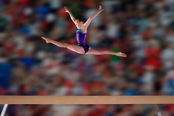 gymnastique artistique liège saut écart poutre