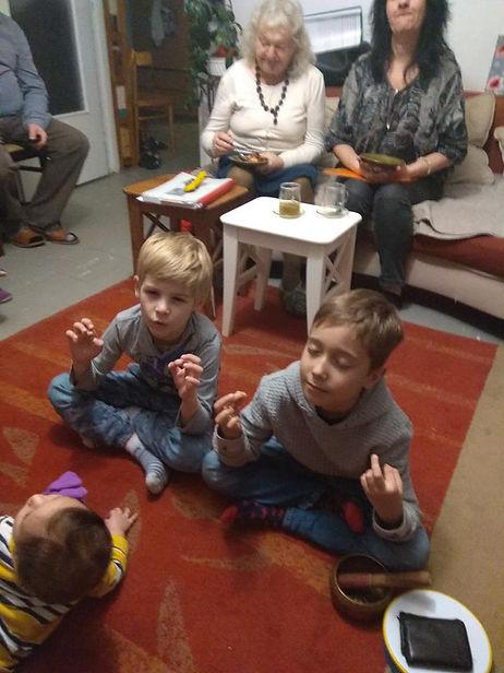 Children on Bahjans.jpg