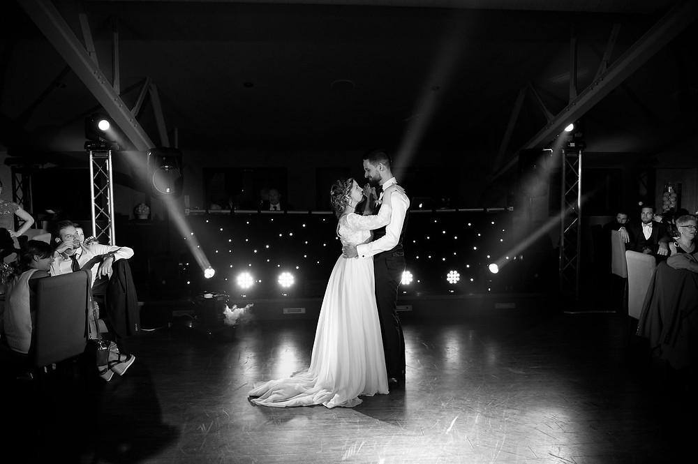 photographe mariage soirée domaine de la grange aux ormes à Marly