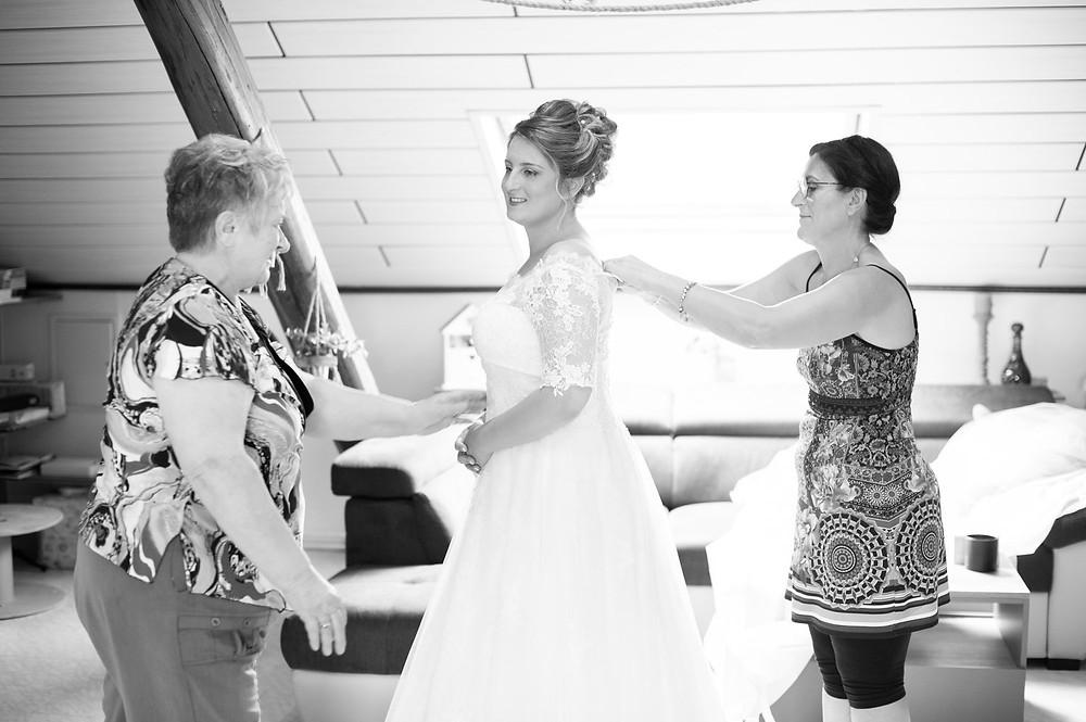 photographe mariage préparatifs robe mariée