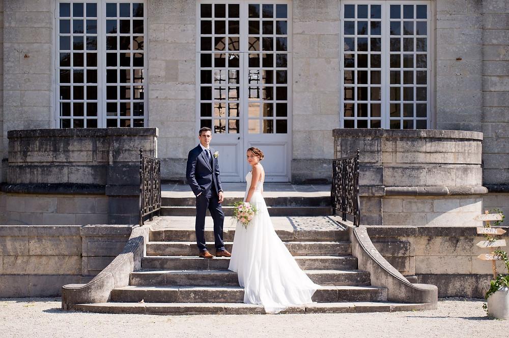Photographe mariage couple au Centre Mondial de la Paix à Verdun.