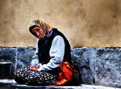 woman at santa croce WEB