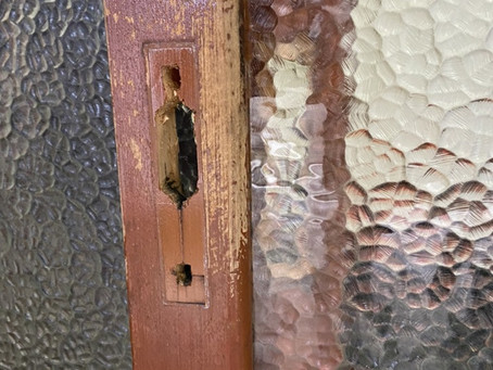 玄関引き戸 木製扉ディンプルキーへ交換取付 富山の鍵屋