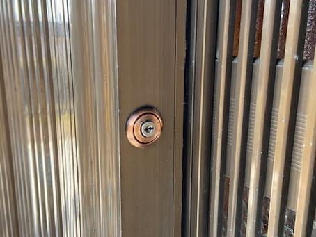 立山アルミ製 高級玄関引戸 蓬莱(ほうらい)鍵交換 富山の鍵屋