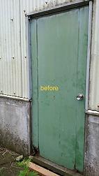 施工例 倉庫ドア交換-1.jpg