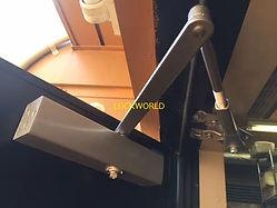 施工例 RYOBIドアクローザー S-202P 交換2.jpg
