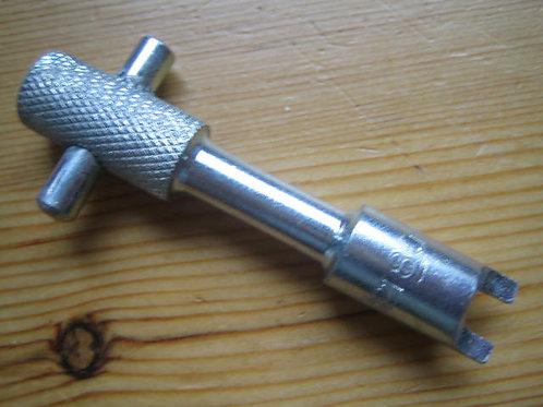 Clutch Nut Key, P180