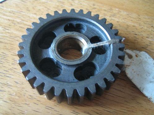 Layshaft 1st Gear, 32T, (NOS). M40-3260