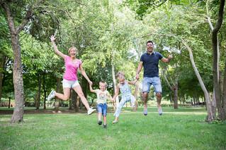 Pourquoi une séance photo famille en extérieur?