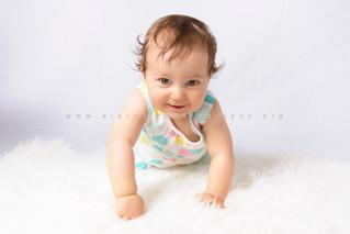 Laëtitia, séance photo bébé 6-9 mois