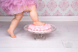 Ambre, smash the cake