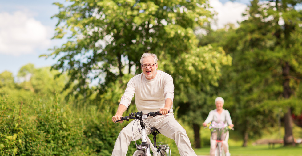 active old age, people and lifestyle con