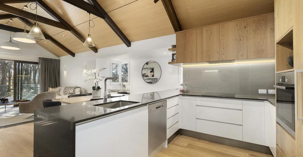 Harris Townhouse - Kitchen