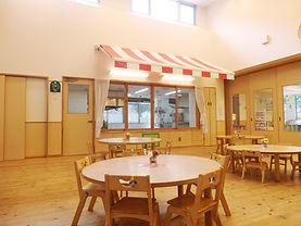 もとの保育園:オープンキッチンイメージ