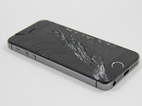 Where can I find the cheapest iPhone screen repair shop in Vancouver?