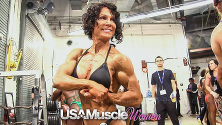 MuscleMakerSue backstage at 2013 NPC Nationals before prejudging. Photo taken by USA Muscle Women.