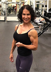 MuscleMakerSue Side Bicep shot
