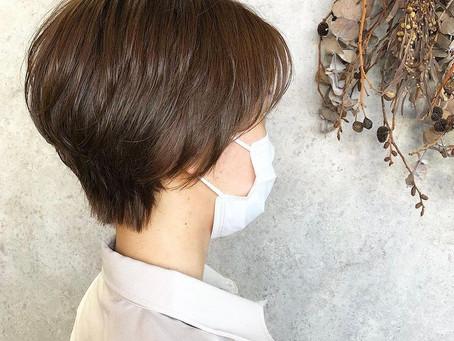モコモコの時季!髪はシュッと!!!