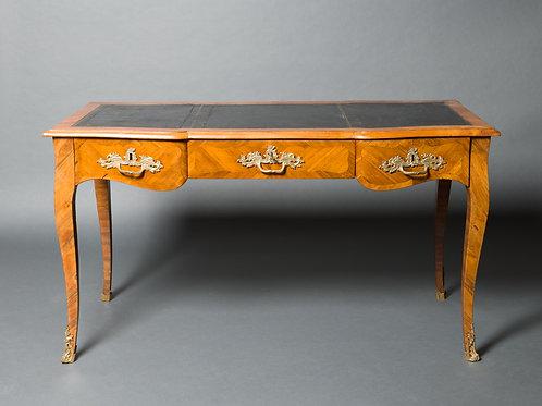 Schreibtisch Stil Louis XV. Frankreich. Um 1920.