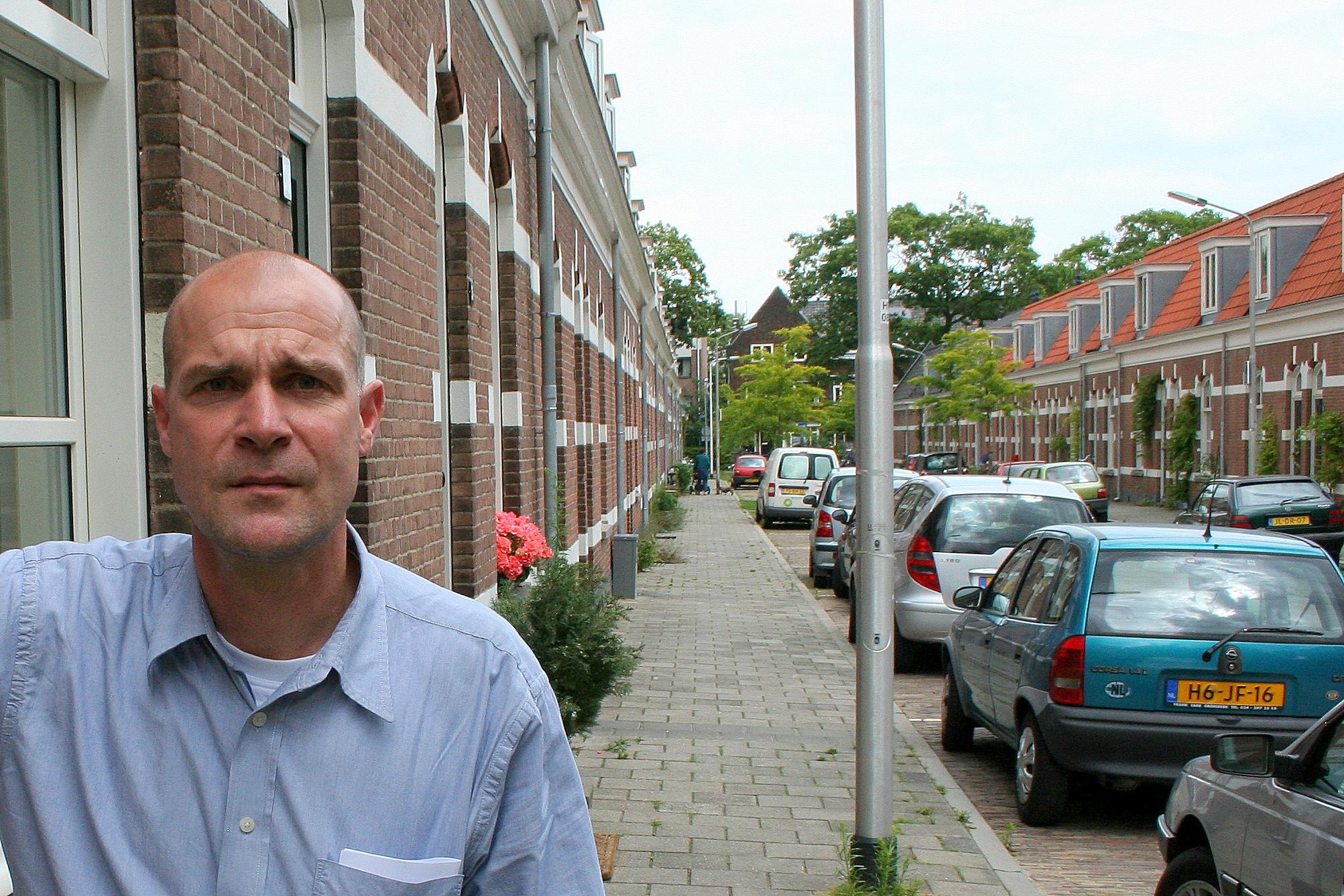 2011)