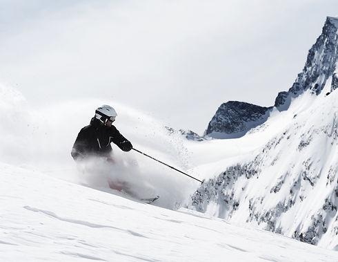 Guy Skiing_edited.jpg