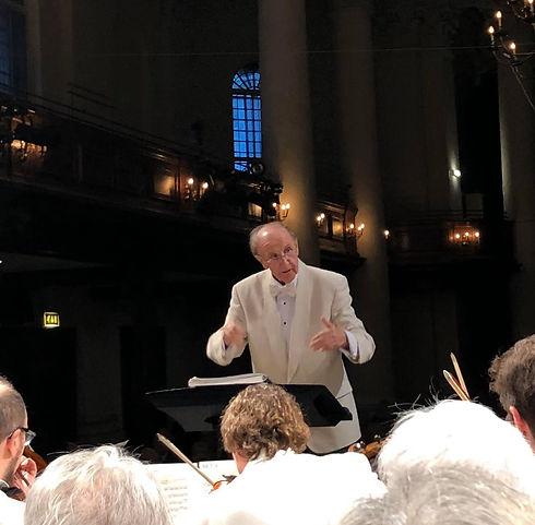 roy wales conducting.jpg