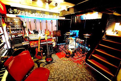 地下スタジオ.jpg