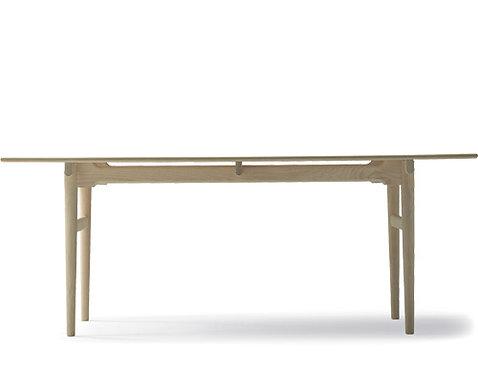 Hans J. Wegner Ch327 Table