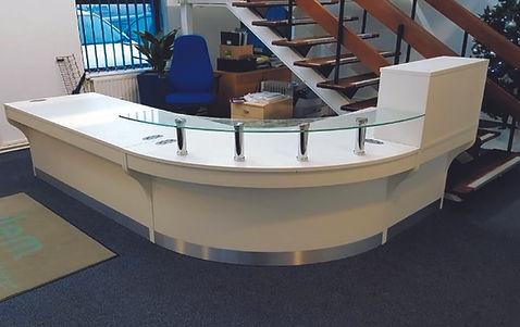 Haywood-reception-glass-shelves-800mm-cu