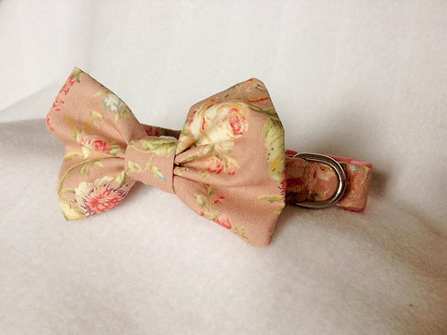Country Cottage Floral Bow Collar