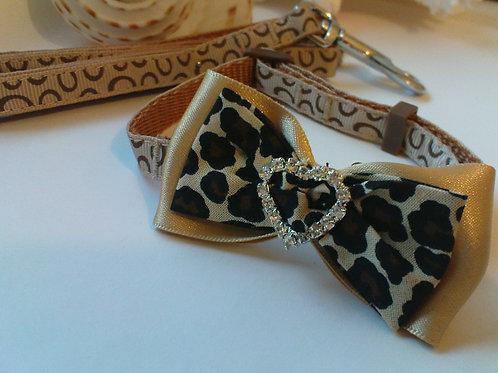Brown Collar  Diamante Heart