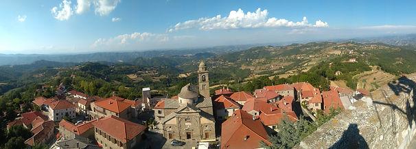 4272px-Roccaverano_panorama.jpg